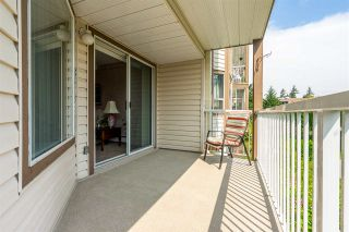 """Photo 16: 105 32145 OLD YALE Road in Abbotsford: Abbotsford West Condo for sale in """"Cypress Park"""" : MLS®# R2373888"""