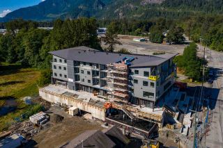 Main Photo: CRU4 39666 GOVERNMENT Road in Squamish: Business Park Retail for sale : MLS®# C8033848