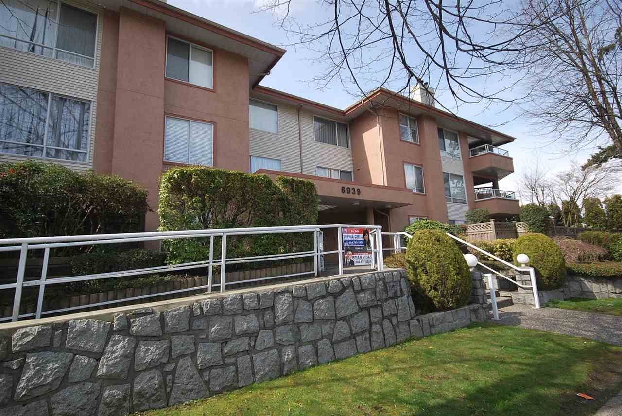 """Main Photo: 212 6939 GILLEY Avenue in Burnaby: Highgate Condo for sale in """"VENTURA PLACE"""" (Burnaby South)  : MLS®# R2250585"""
