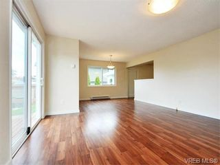Photo 9: 312 Ker Ave in VICTORIA: SW Gorge House for sale (Saanich West)  : MLS®# 743629