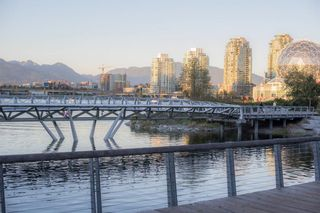 Photo 25: 401 1616 COLUMBIA Street in Vancouver: False Creek Condo for sale (Vancouver West)  : MLS®# R2612888