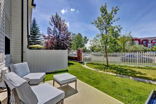 Photo 3: 11 Country Village Circle NE in Calgary: Country Hills Village Row/Townhouse for sale : MLS®# A1118288
