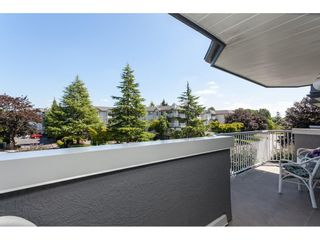 """Photo 13: 201 5375 205 Street in Langley: Langley City Condo for sale in """"Glenmont Park"""" : MLS®# R2482379"""