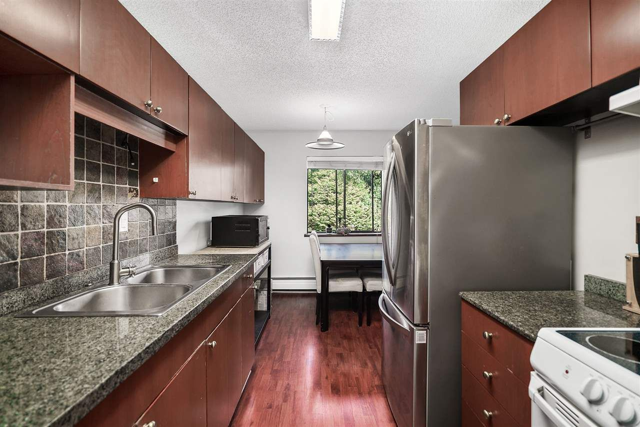 """Photo 4: Photos: 208 334 E 5TH Avenue in Vancouver: Mount Pleasant VE Condo for sale in """"View Pointe"""" (Vancouver East)  : MLS®# R2507908"""