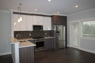 """Photo 7: 32 19097 64 Avenue in Surrey: Cloverdale BC Townhouse for sale in """"The Heights"""" (Cloverdale)  : MLS®# R2231144"""