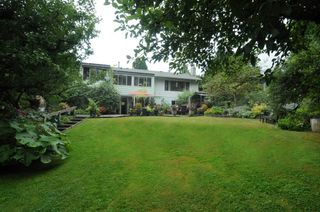 Photo 4: 2208 GREYLYNN CRESCENT in North Vancouver: Westlynn House for sale : MLS®# R2396694