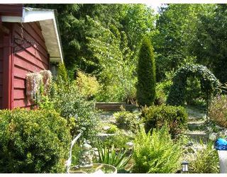"Photo 7: 49 4496 HIGHWAY 1O1 BB in Sechelt: Sechelt District Manufactured Home for sale in ""BIG MAPLE MOBILE HOME PARK"" (Sunshine Coast)  : MLS®# V648460"