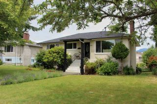 Photo 23: 6887 CARNEGIE Street in Burnaby: Sperling-Duthie House for sale (Burnaby North)  : MLS®# R2477570