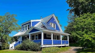 Photo 2: 29 Highland Avenue in Wolfville: 404-Kings County Residential for sale (Annapolis Valley)  : MLS®# 202122121