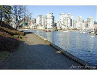 "Photo 10: 818 MILLBANK Street in Vancouver: False Creek Townhouse for sale in ""HEATHER POINT"" (Vancouver West)  : MLS®# V627768"