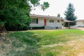 Photo 2: 775 9TH AVENUE in Montrose: House for sale : MLS®# 2460577