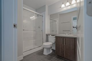 """Photo 8: 33 20038 70 Avenue in Langley: Willoughby Heights Townhouse for sale in """"WILLOUGHBY HEIGHTS"""" : MLS®# R2460175"""