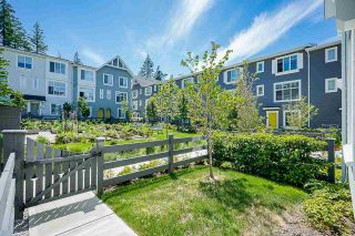 """Photo 4: 69 16678 25 Avenue in White Rock: Grandview Surrey Townhouse for sale in """"FREESTYLE by Dawson +Sawyer"""" (South Surrey White Rock)  : MLS®# R2598061"""