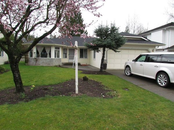 Main Photo: 2910 Crossley Drive in Abbotsford: Abbotsford West House for rent