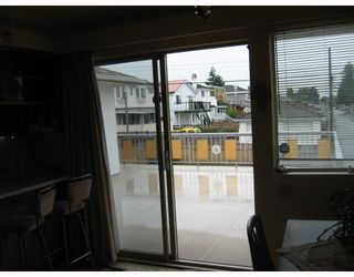 Photo 9: 3370 E 46TH Avenue in Vancouver: Killarney VE House for sale (Vancouver East)  : MLS®# V726014