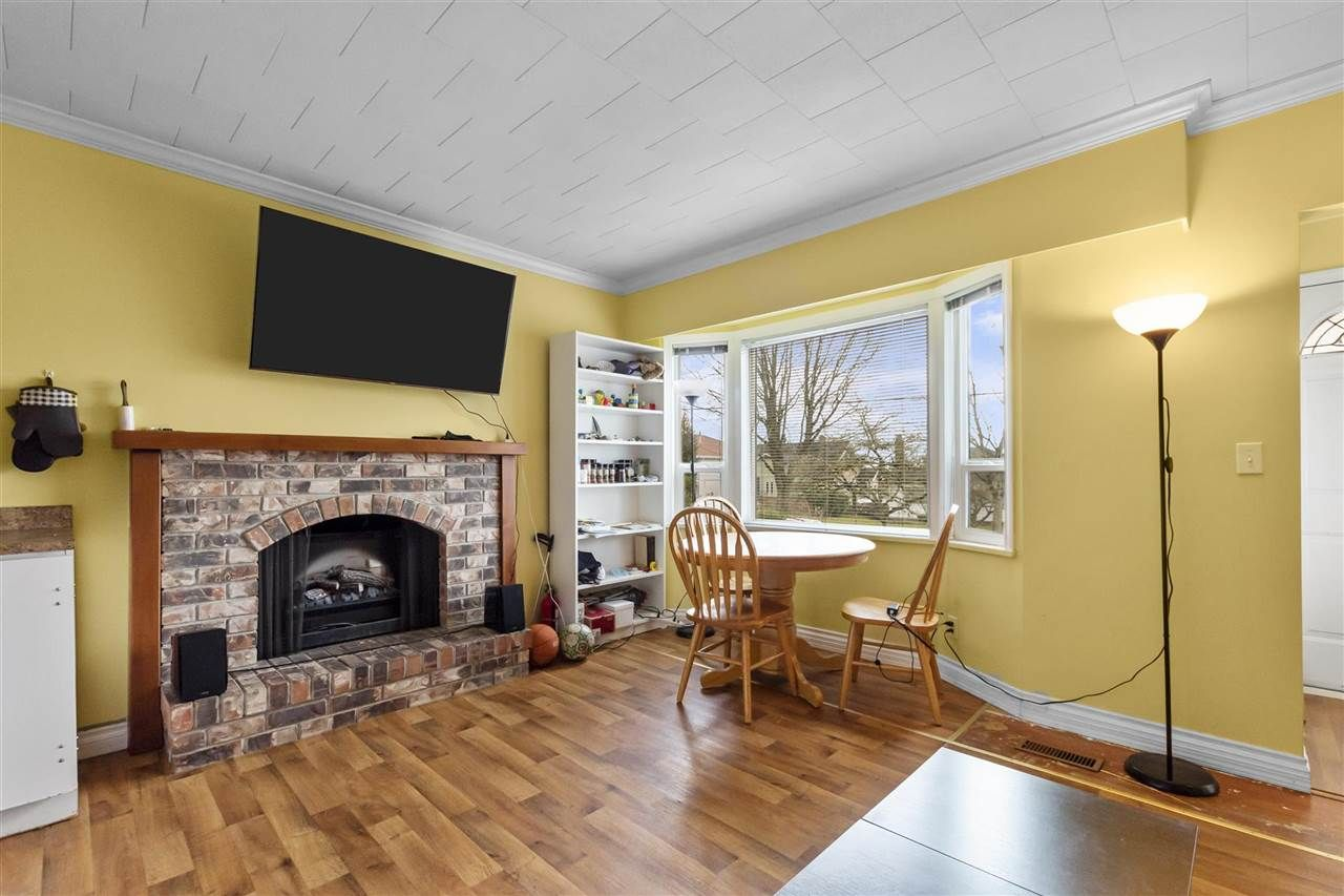 Photo 10: Photos: 1913 EDINBURGH Street in New Westminster: West End NW House for sale : MLS®# R2547519