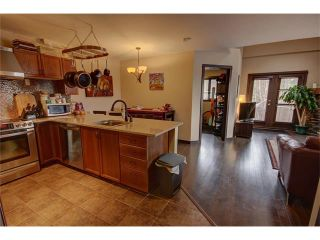 Photo 3: 201 512 Bow Valley Trail: Canmore Condo for sale : MLS®# C4109137