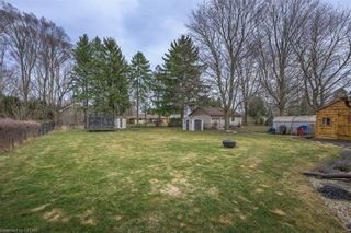 Photo 2: 589 CAYLEY Drive in London: North P Residential for sale (North)  : MLS®# 40085980