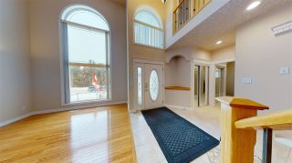 Photo 2: 3449 32A Street in Edmonton: Zone 30 House for sale : MLS®# E4229597