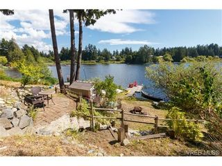 Photo 3: 3131 Glen Lake Rd in VICTORIA: La Glen Lake House for sale (Langford)  : MLS®# 737487