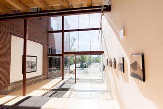 Photo 3: 319 10309 107 Street in Edmonton: Zone 12 Condo for sale : MLS®# E4244551