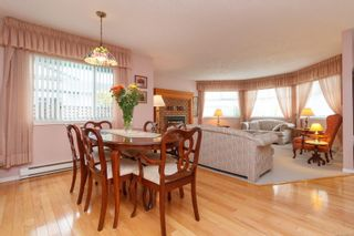 Photo 11: 3 10101 Fifth St in Sidney: Si Sidney North-East Row/Townhouse for sale : MLS®# 860151