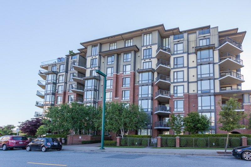 """Photo 2: Photos: 306 1551 FOSTER Street: White Rock Condo for sale in """"Sussex House"""" (South Surrey White Rock)  : MLS®# R2170329"""