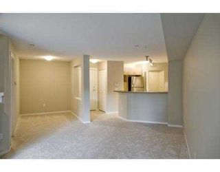 """Photo 3: 115 9283 GOVERNMENT Street in Burnaby: Government Road Condo for sale in """"SANDLEWOOD"""" (Burnaby North)  : MLS®# V807258"""