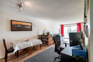 """Photo 8: 302 9952 149 Street in Surrey: Guildford Condo for sale in """"TALL TIMBERS"""" (North Surrey)  : MLS®# R2492246"""