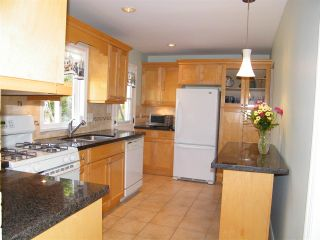 Photo 3: 5621 KEITH Street in Burnaby: South Slope House for sale (Burnaby South)  : MLS®# R2059166