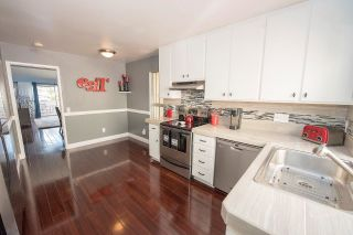 Photo 2: SCRIPPS RANCH Townhouse for sale : 2 bedrooms : 9934 Caminito Chirimolla in San Diego