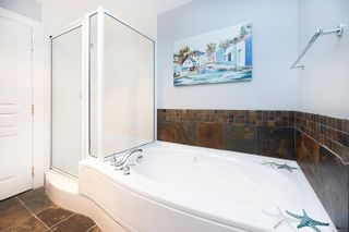Photo 23: 302 2326 Harbour Rd in Sidney: Si Sidney North-East Condo for sale : MLS®# 862120