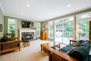Photo 7: 9096 163 Street in Surrey: Home for sale