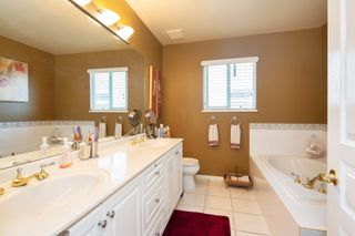 "Photo 17: 2940 PANORAMA Drive in Coquitlam: Westwood Plateau Townhouse for sale in ""SILVER OAKS"" : MLS®# R2296635"