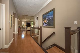 Photo 5: 15 696 W COMMISSIONERS Road in London: South M Residential for sale (South)  : MLS®# 40168772