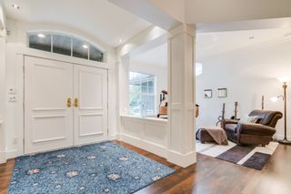 """Photo 3: 2489 138 Street in Surrey: Elgin Chantrell House for sale in """"PENINSULA PARK"""" (South Surrey White Rock)  : MLS®# R2414226"""