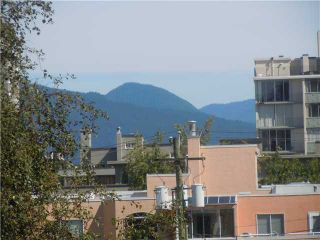 """Photo 8: 411 1975 PENDRELL Street in Vancouver: Downtown VW Condo for sale in """"PARKWOOD MANOR"""" (Vancouver West)  : MLS®# V848532"""