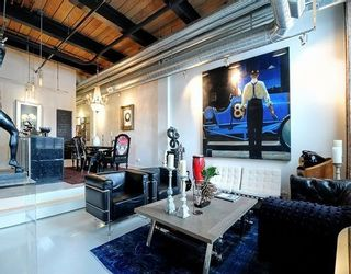 Photo 2: 43 Hanna Ave Unit #126 in Toronto: Niagara Condo for sale (Toronto C01)  : MLS®# C3572878