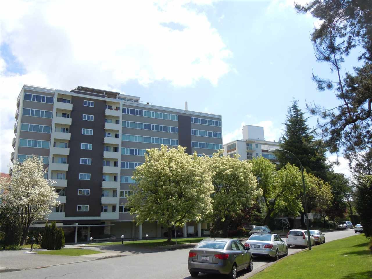 "Photo 1: Photos: 504 6026 TISDALL ST in Vancouver: Oakridge VW Condo for sale in ""Oakridge Towers"" (Vancouver West)  : MLS®# R2021576"