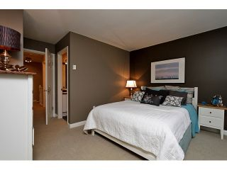 """Photo 2: 52 65 FOXWOOD Drive in Port Moody: Heritage Mountain Townhouse for sale in """"FOREST HILL"""" : MLS®# V1055852"""