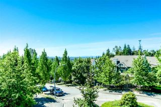 """Photo 15: 7398 HAWTHORNE Terrace in Burnaby: Highgate Townhouse for sale in """"MONTEREY"""" (Burnaby South)  : MLS®# R2071197"""