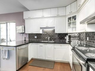 """Photo 10: 432 5735 HAMPTON Place in Vancouver: University VW Condo for sale in """"The Bristol"""" (Vancouver West)  : MLS®# R2541158"""