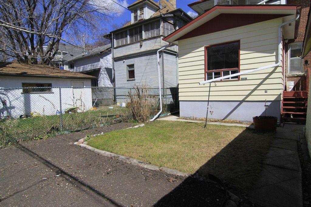 Photo 31: Photos: 118 Home Street in Winnipeg: Wolseley Duplex for sale (West Winnipeg)  : MLS®# 1308790