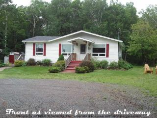 Photo 1: 4651 366 Highway in Tidnish Cross Roads: 102N-North Of Hwy 104 Residential for sale (Northern Region)  : MLS®# 201925091