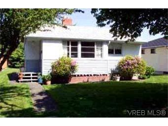 Main Photo: 1618 Edgeware Rd in VICTORIA: Vi Oaklands House for sale (Victoria)  : MLS®# 313040