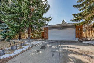 Photo 2: 164 Parkridge Place SE in Calgary: Parkland Detached for sale : MLS®# A1085419