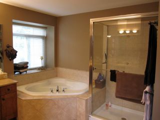 """Photo 8: 22814 DOCKSTEADER Circle in Maple Ridge: Silver Valley House for sale in """"SILVER VALLEY"""" : MLS®# R2086022"""
