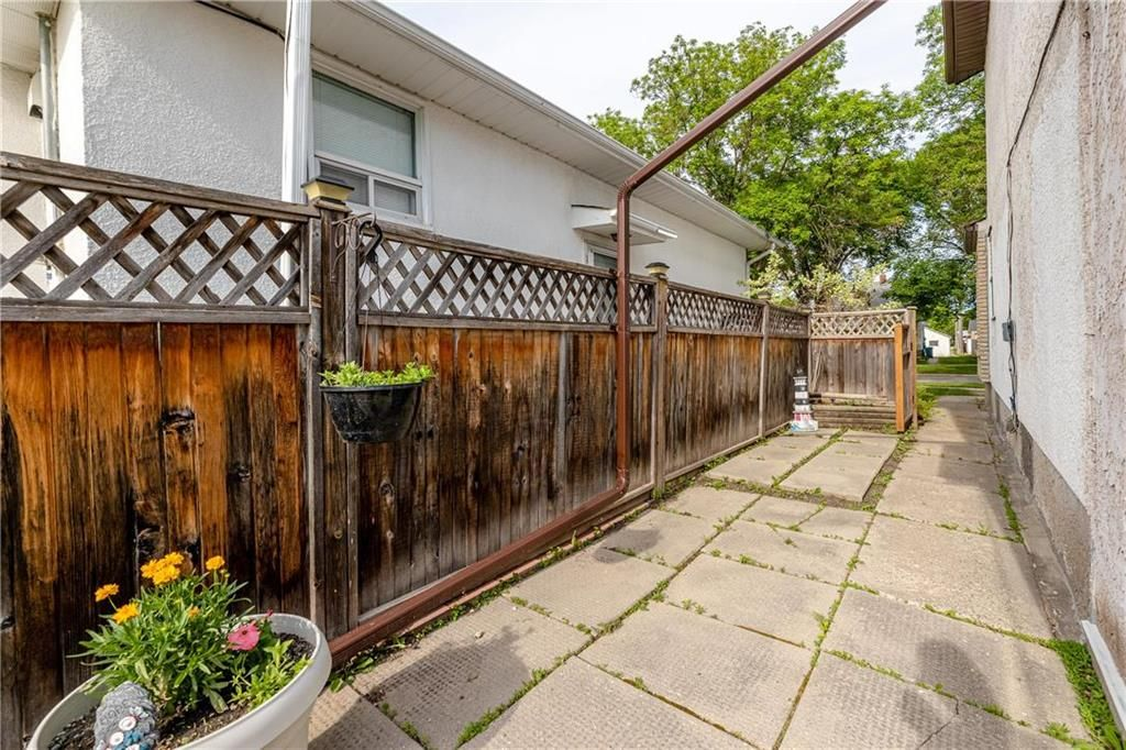 Photo 29: Photos: 805 Madeline Street in Winnipeg: West Transcona Residential for sale (3L)  : MLS®# 202114224