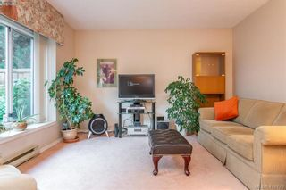 Photo 5: 7 515 Mount View Ave in VICTORIA: Co Hatley Park Row/Townhouse for sale (Colwood)  : MLS®# 825575
