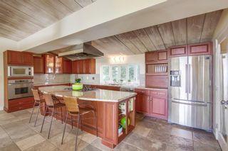Photo 20: LA JOLLA House for sale : 5 bedrooms : 8051 La Jolla Scenic Dr North